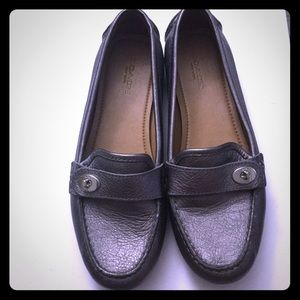 NWOT Pewter Coach Penny Loafers